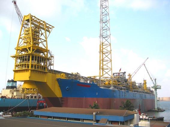 Exxon-Mobil-Yoho-Field-development.jpg