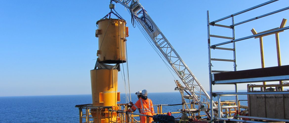 lift-boom-removing-crane-pedestal.jpg